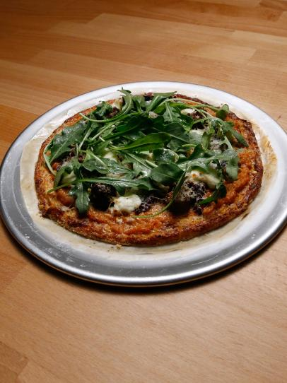 Cauliflower-Crust Pizza with Merguez and Roasted Red Pepper Recipe ...