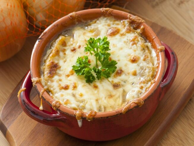 Learn How Jerri Manthey Makes Her Vegetarian French Onion Soup ...