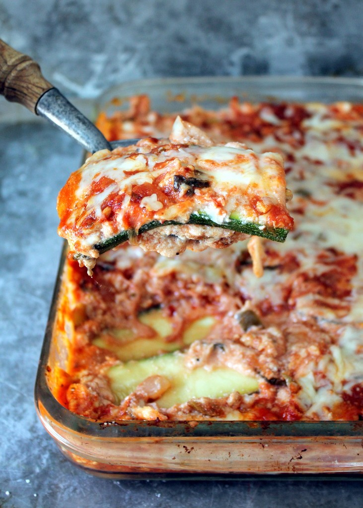 Low Carb Zucchini Lasagna with Spicy Turkey Meat Sauce   Ambitious ...