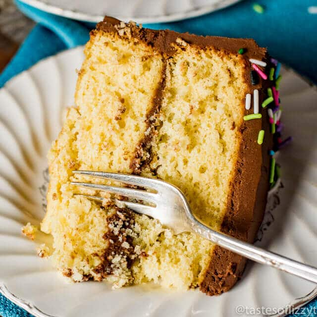 Homemade Yellow Cake Recipe {How to Make From-Scratch Buttery ...