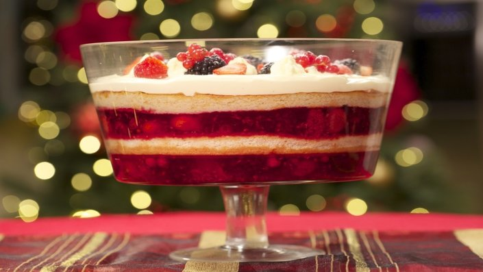 Christmas Trifle | Recipes | Food Network UK
