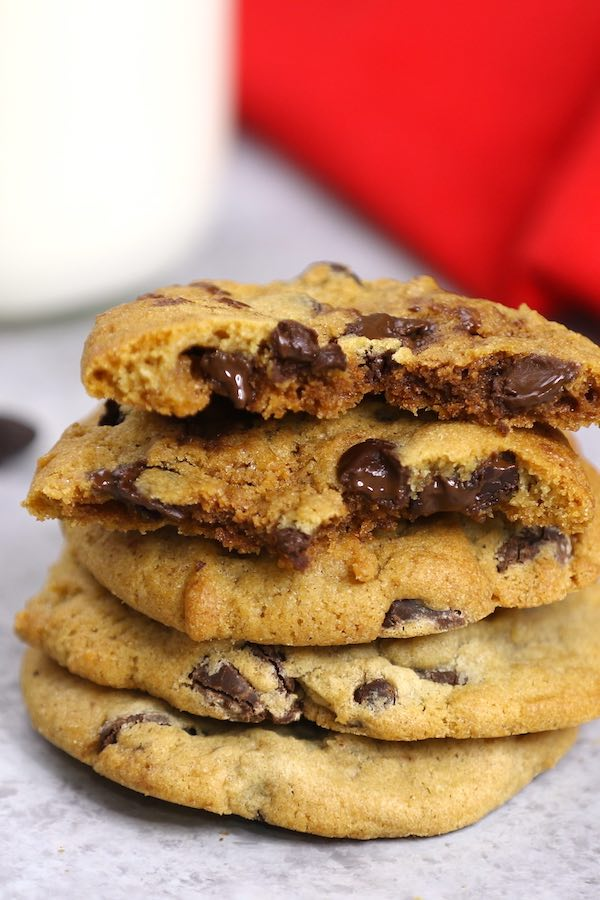 Homemade Chocolate Chip Cookie Dough Recipe (with Video) - TipBuzz