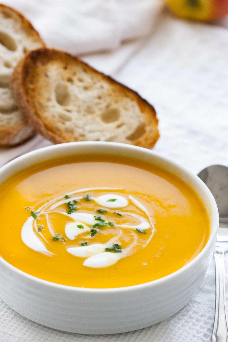 Creamy Butternut Squash Soup with Apple and Onion