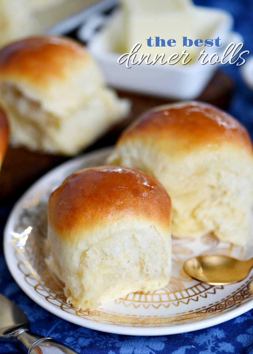 The BEST Dinner Rolls - Mom On Timeout