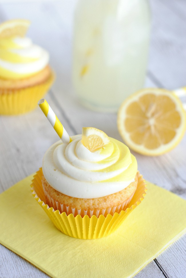 Easy Lemon Cupcake Recipe - Crazy Little Projects