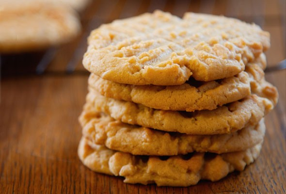 Old-Fashioned Peanut Butter Cookies Recipe   Leite