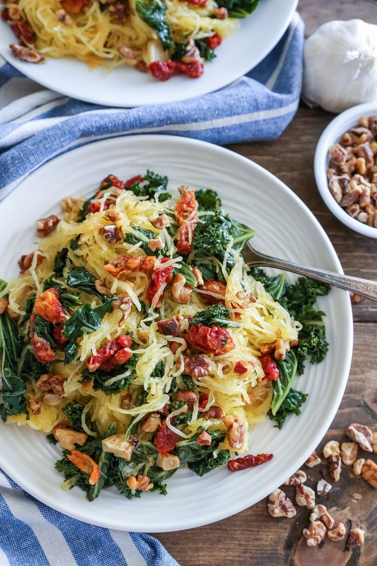 Roasted Garlic and Kale Spaghetti Squash with Sun-Dried Tomatoes ...