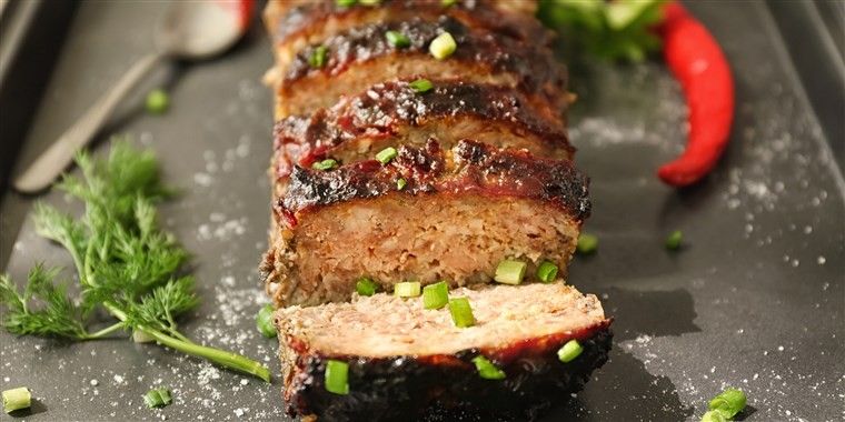How to make meatloaf: Chefs share tips and the best meatloaf recipe