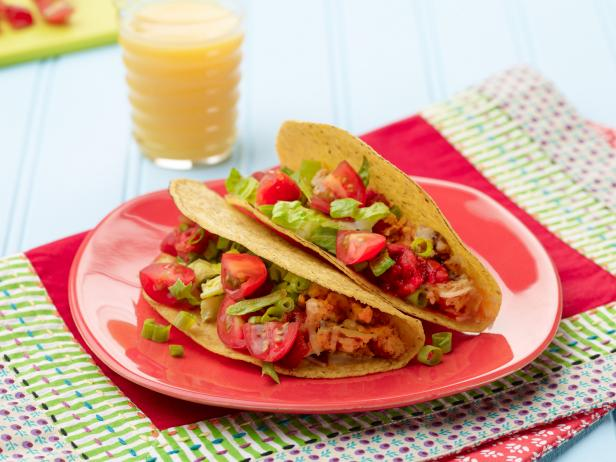 Kids Can Make: Crunchy Breakfast Tacos Recipe | Food Network ...