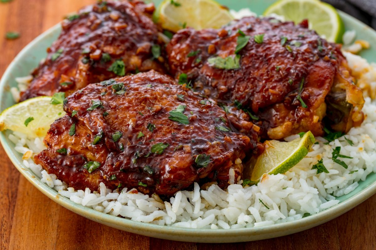 Easy Slow-Cooker Chicken Thighs Recipe - How to Make Boneless ...