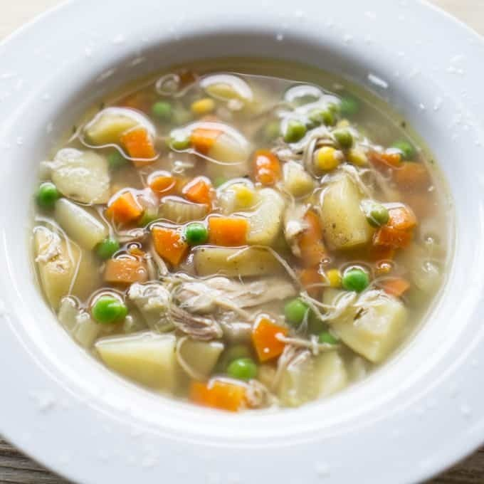 Crockpot Chicken Vegetable Soup: Crockpot chicken soup with vegetables