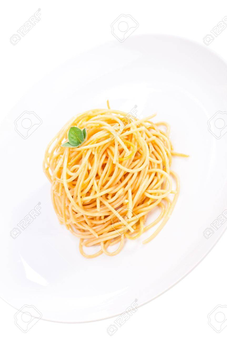 Plain Spaghetti Tossed In Olive Oil And Decorated With Fresh ...