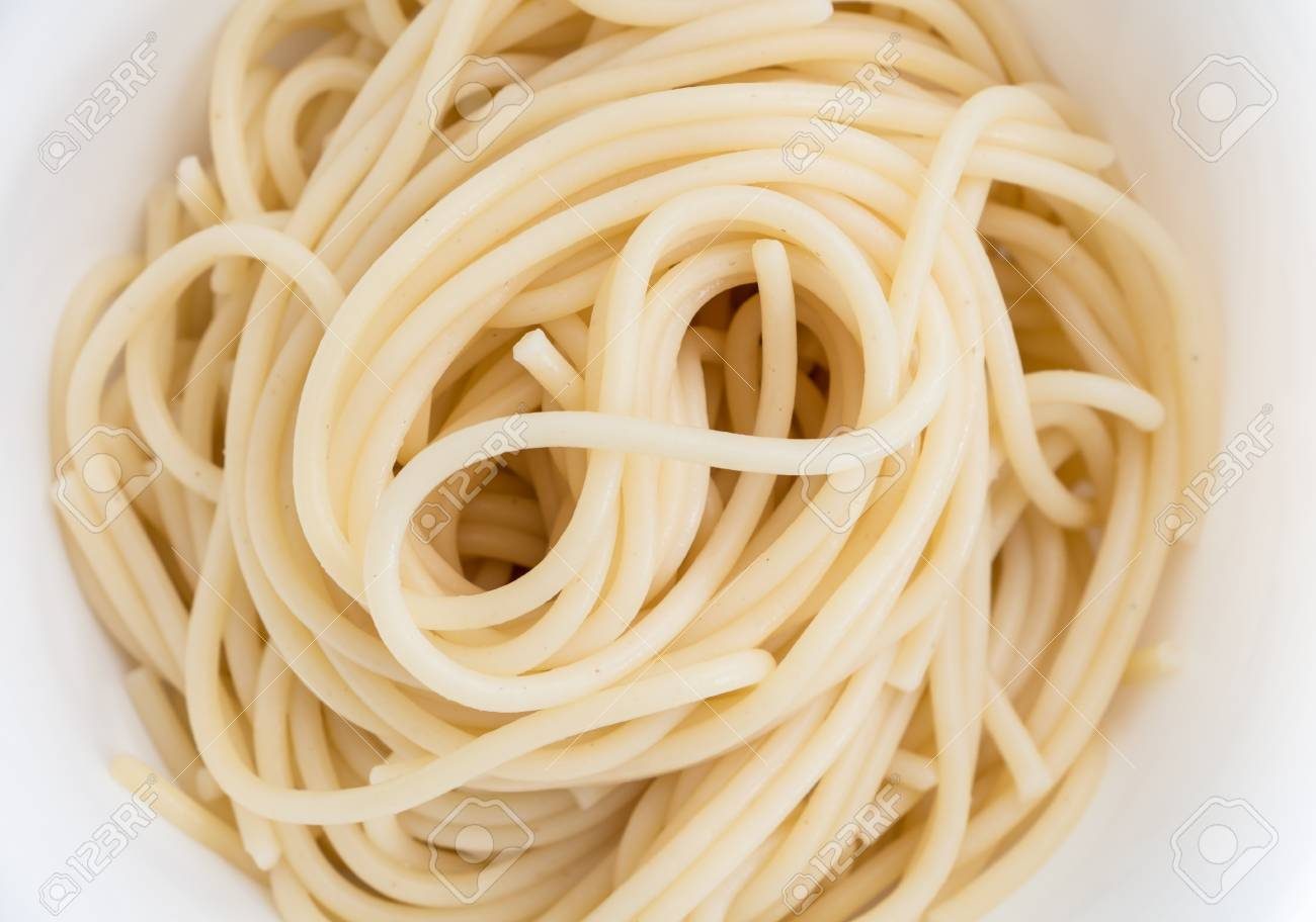 Plain Cooked Spaghetti Pasta In White Bowl, Closeup Background ...