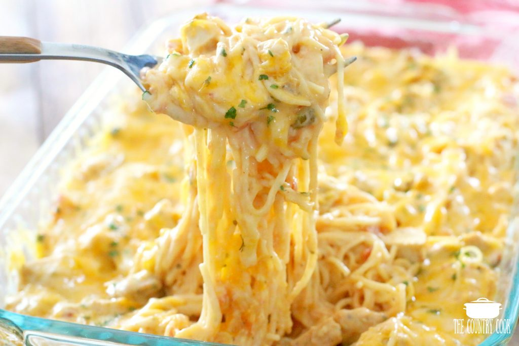 THE BEST CHICKEN SPAGHETTI - No Rotel! (+Video) | The Country Cook