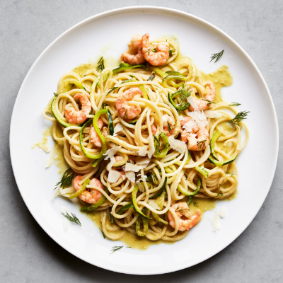 Prawn spaghetti lunghi with courgette, lime & chilli