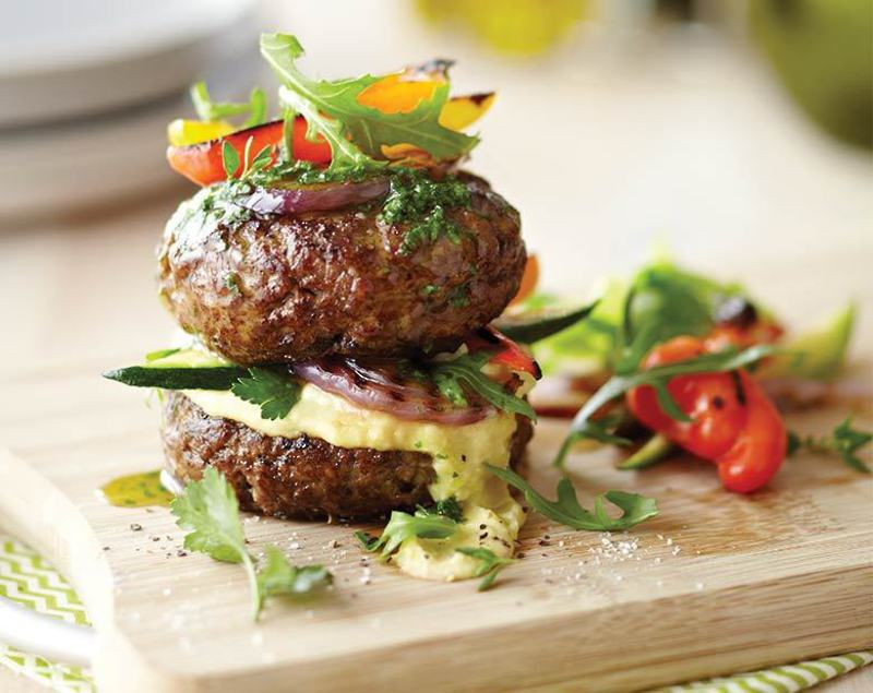 Recipe | Homemade Beef Burgers with Grilled Vegetables