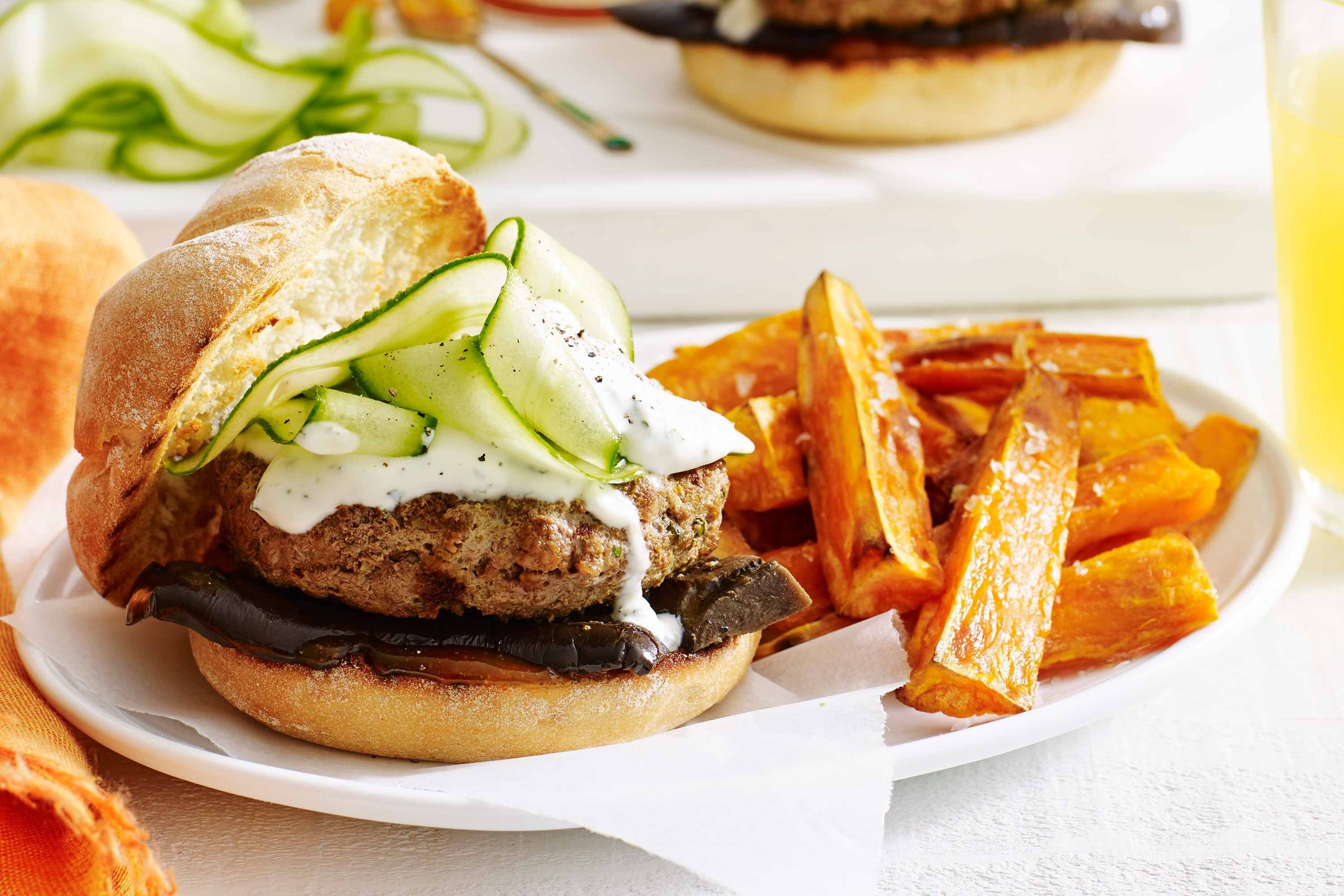Indian-style burgers with minted yoghurt